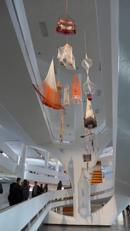 Carolina Caycedo, Cosmotarrayas, installation view